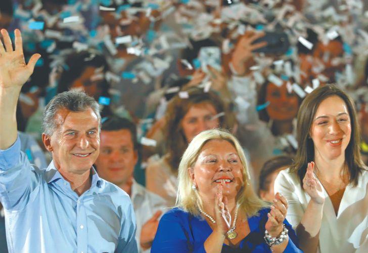 Mauricio Macri, Elisa Carrió and María Eugenia Vidal at a campaign rally in Buenos Aires on Tuesday.