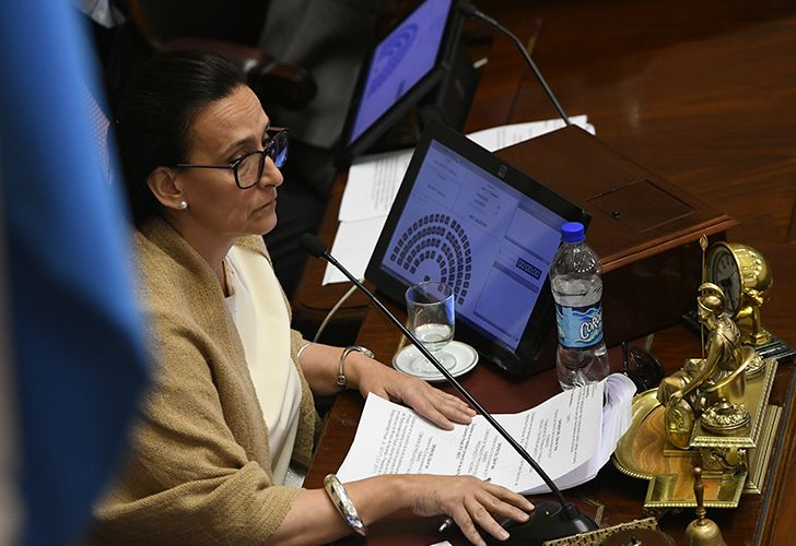 The Senate yesterday passed two key bills to reform the country's tax distribution mechanisms and adjustments to pensions.