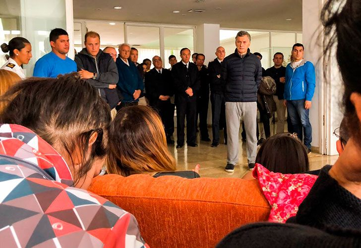 President Mauricio Macri visited the relatives of the 44 officer of the missing ARA San Juan on November 21, 2017.