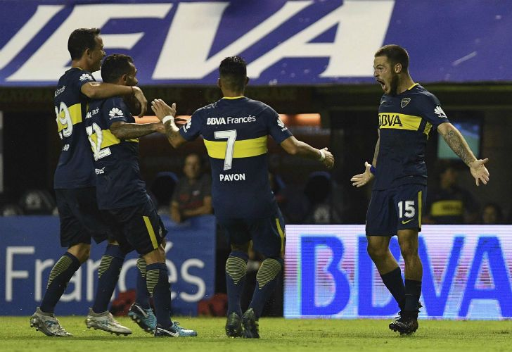 Boca Juniors extended its lead at the top of the table to six points with a 2-0 win over ninth-place Colón.