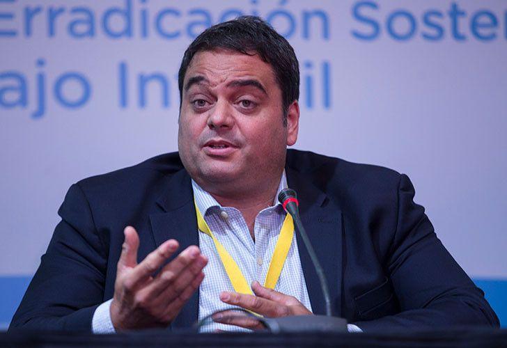 Labour Minister Jorge Triaca.