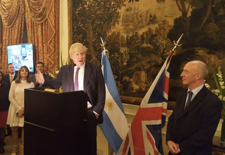 UK Foreign Secretary Boris Johnson addresses a crowd alongside British Ambassador to Argentina Mark Kent.