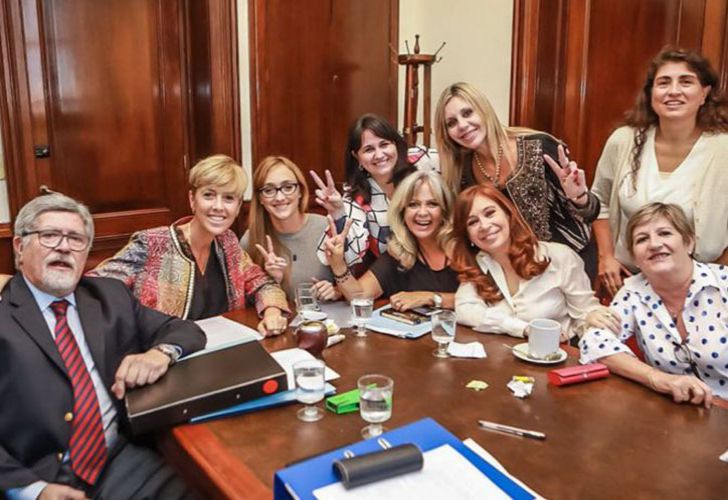 Senator Cristina Fernández de Kirchner and her Senate colleagues.