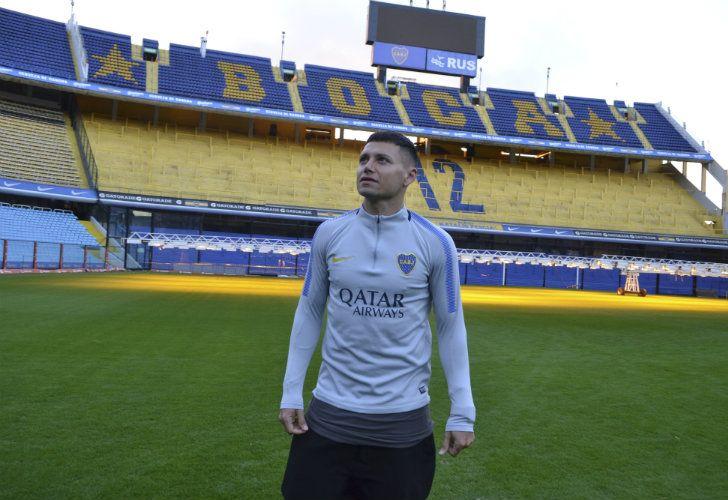 Mauro Zárate, Boca Junior's new summer signing, surveys his new home: La Bombanera.
