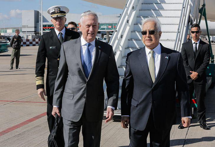 US Defence Secretary James Mattis with the US Ambassador to Argentina Edward Prado.