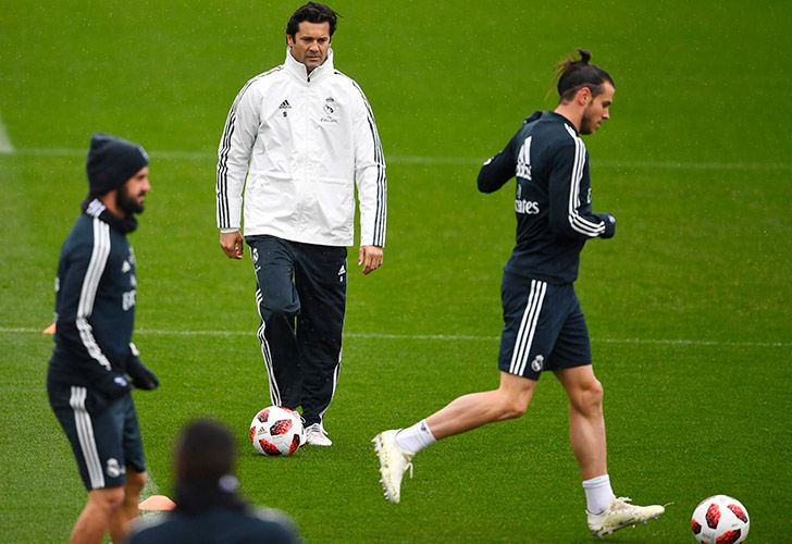 Temporary coach of Real Madrid CF, former player Santiago Solari (centre) takes training at the Ciudad Real Madrid training facilities in Madrid's suburb of Valdebebas.