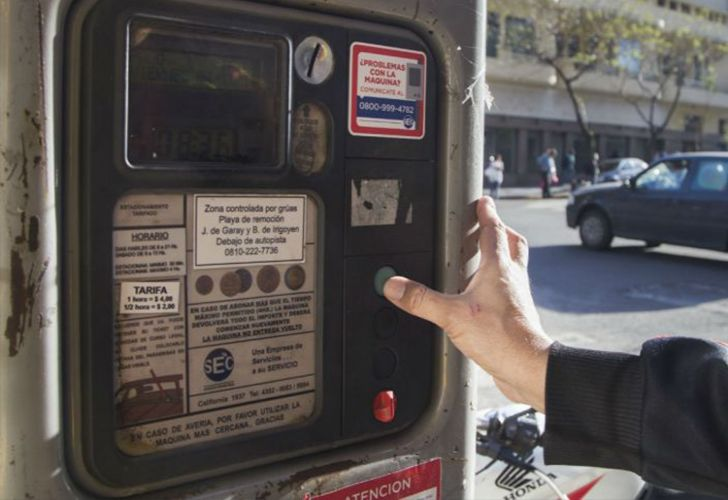Forty-five percent of Buenos Aires' streets will have parking meters.