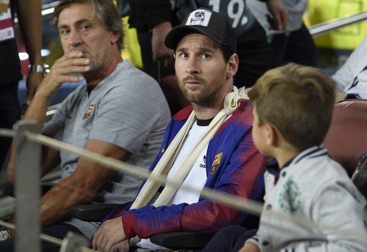 Lionel Messi looks during the UEFA Champions League group B match Barcelona against Inter Milan at the Camp Nou stadium in Barcelona on October 24, 2018.