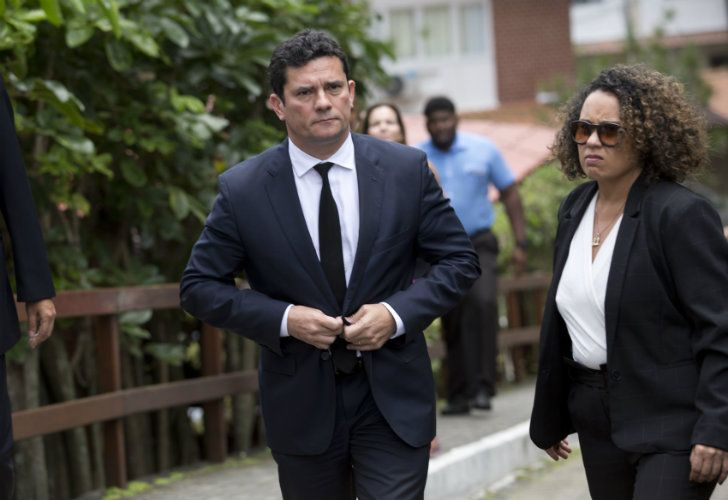 Sergio Moro leaves a meeting with Jair Bolsonaro, outside the Brazilian presidentelect's home in Rio de Janeiro on Thursday.