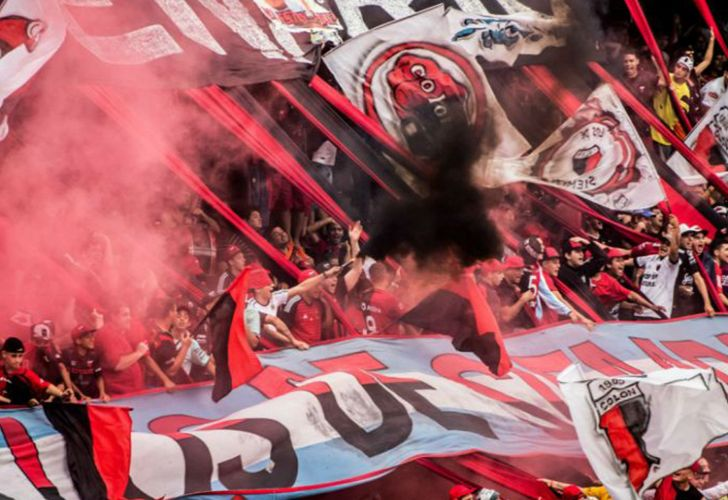 Colón club football fans.