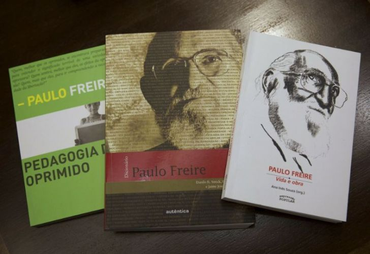Three books by Brazilian philosopher Paulo Freire, a leader of the pedagogy movement. The government's education overhaul will remove Freire's work from schools.