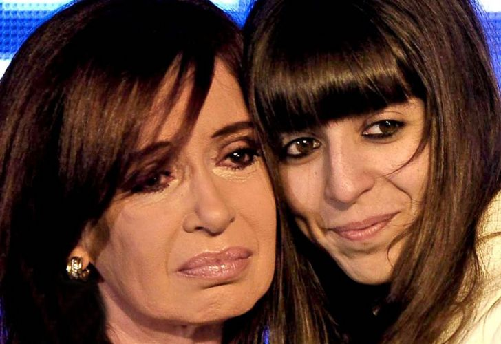 Cristina Fernández de Kirchner and her daughter Florencia Kirchner.