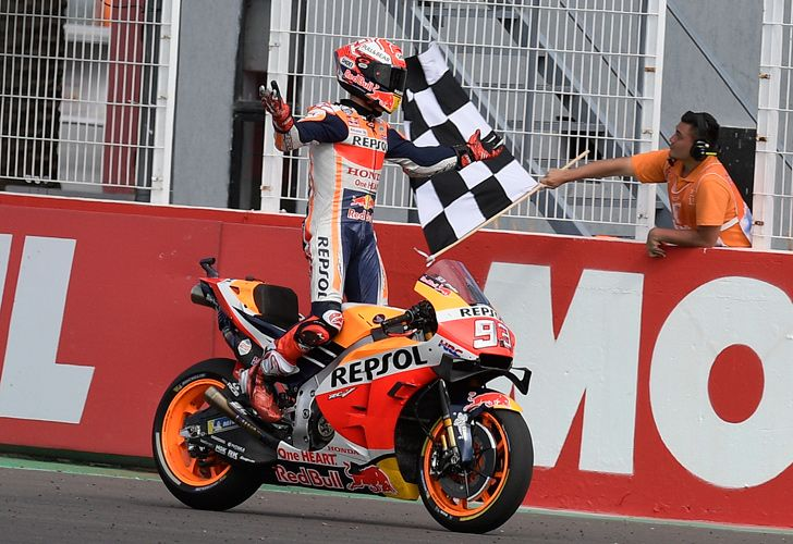 Spain's biker Marc Marquez crosses the finish line to win the MotoGP Argentina Grand Prix at the Termas de Rio Hondo circuit in Santiago del Estero, Argentina, on March 31, 2019.