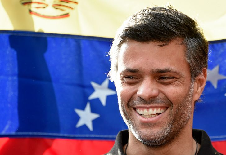 Venezuelan high-profile opposition politician Leopoldo López smiles as he speaks with the press outside the Spanish Embassy in Caracas, on May 2, 2019.